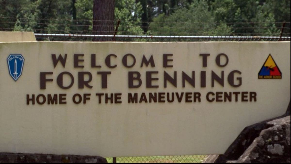 fort_benning_sign