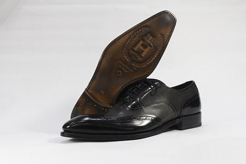 Calf Leather Oxford With Wingtip Brogue and Two Tone Upper - H1177
