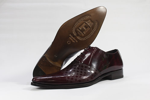 Calf Leather Oxford With Brogued Toe and Chequred Pattern Vamp - H2304