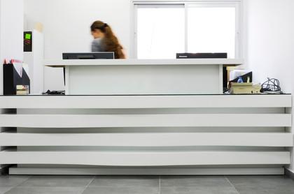 דלפק כניסה במשרדים