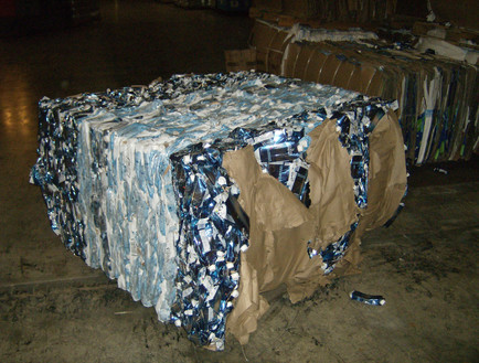 Tetra Pack Rolls and Bales