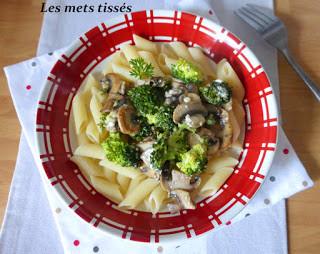 Pennes aux brocolis champignons et feta