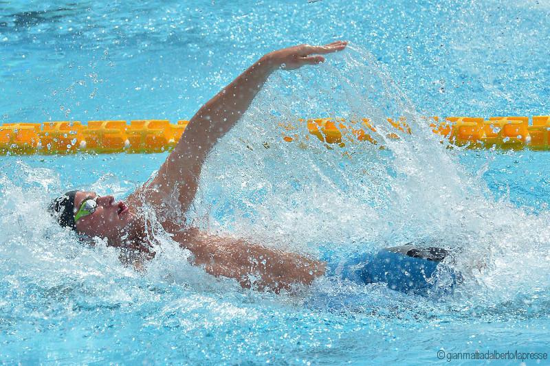conseils pour bien nager le dos crawlé