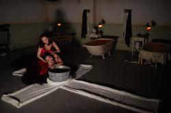 8-Shen-Ni-申霓-Tang-Tingting-汤婷婷-in-Punchdrunks-SLEEP-NO-MORE-Shanghai-Credit-Yuan-Studio