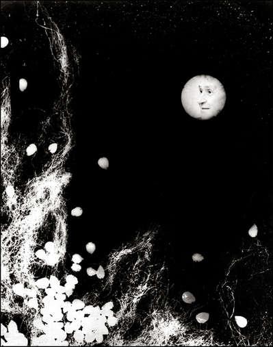 """¨Pero un gran viento hace llamear a las estrellas gritando: ¡Paso a la luna que viene, yo despejo el camino! Luego se extinguen porque la luna llega...¨ (*)   (*) Aproximaciones: """"Corimbo de otoño"""""""