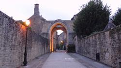 Porte d'en Bas à Montréal (Bourgogne)