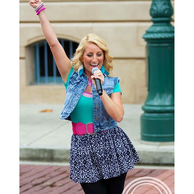 """Had another fantastic day at the brand new show at Universal Studios """"Sing It!"""" Can't wait to be bac"""