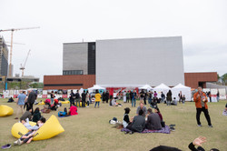 大型環保裝置及開放舞台