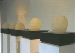 Sculpture、Non-sculpture