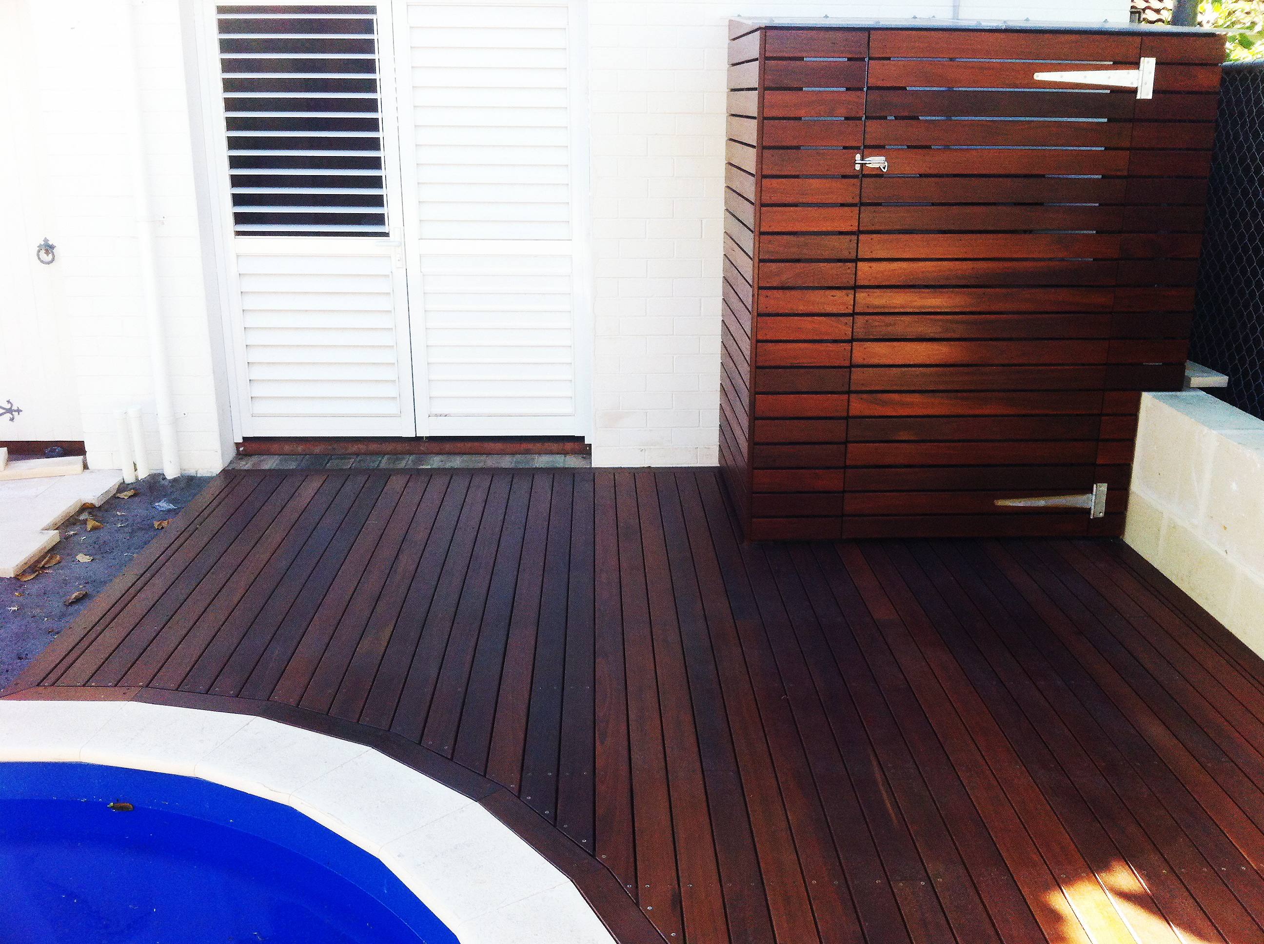 Deck and Timber screen