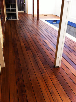 Well maintained decking
