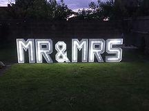 Mr&Mrs001.jpg