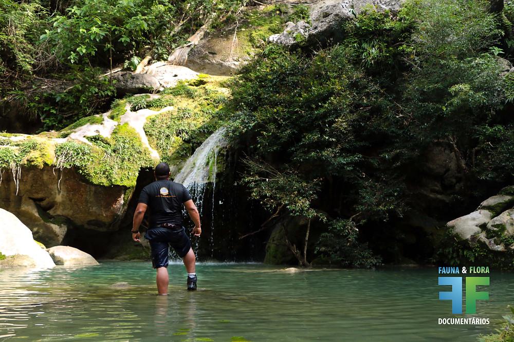 Fernando Lara na Cachoeira das Fadas - Bodoquena MS - Por Erika Campos