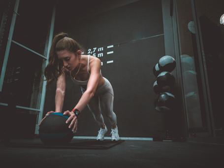 Gesa Krause im Fitnesstudio