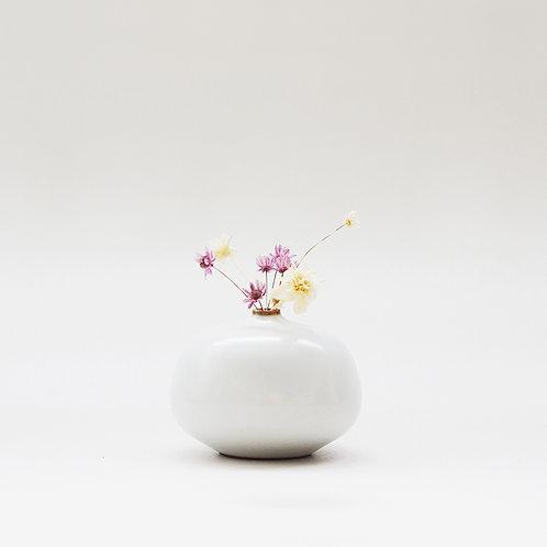 Vintage White Mini Vase - Flat Bud