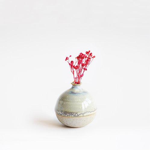 Mini Vase-Egg Shell White