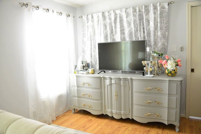 DIY: French Provincial Dresser