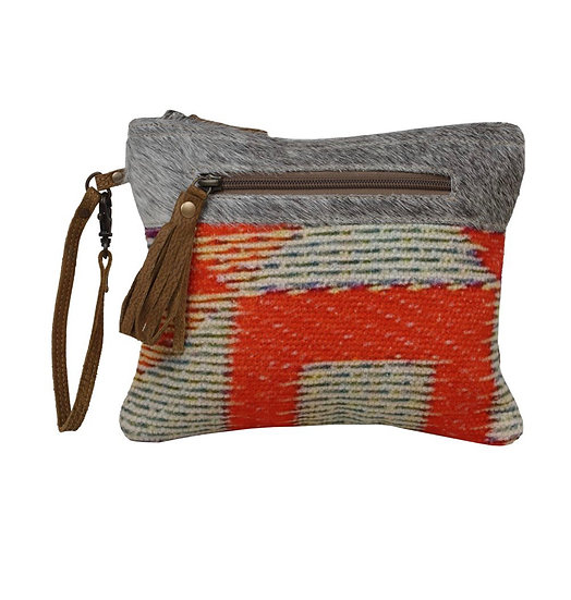 Abstract Myra Pouch