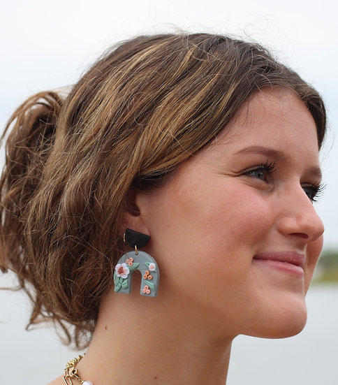 Clay Arch Floral  Earring