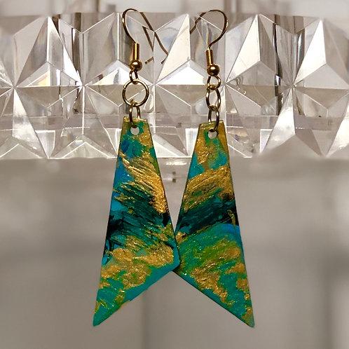 Golden Sea Triangles