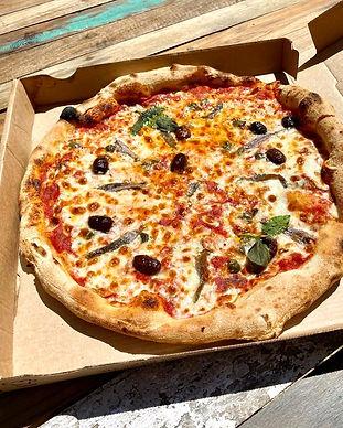 pizza napolitaine gustino pizza.jpg