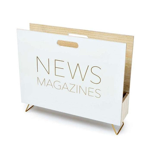 מתקן לעיתונים מעץ