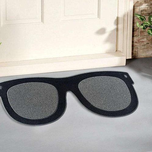 שטיח לכניסה משקפי שמש