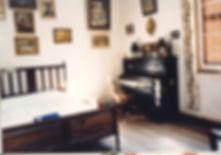 Cama Piano.JPG