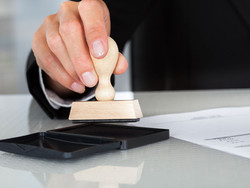 Can a Will be signed by Rubber Stamp?