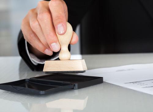 Quelles sont les étapes entre le compromis de vente et l'acte de vente définitif ?