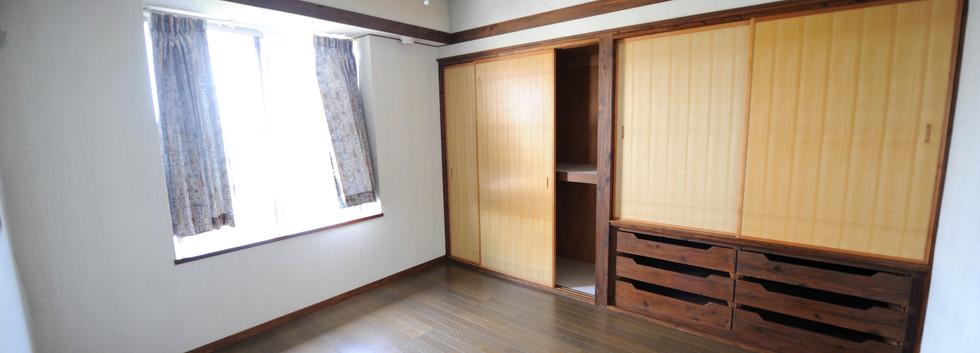 2nd floor bedroom1_1