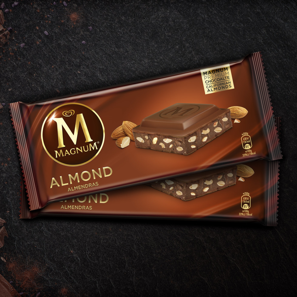 3D_Pack_Magnum_Chocolate_ALMOND_Pres_1.j