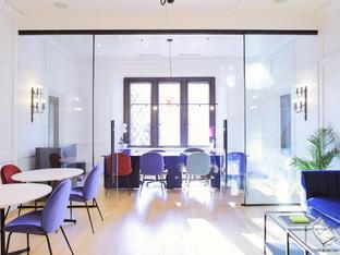 The Founders' Office | Le bureau des fondatrices