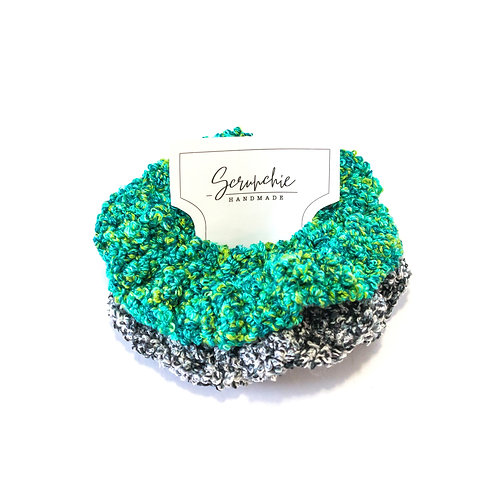 Wavy Crochet Confetti Scrunchies - Green and Black Set