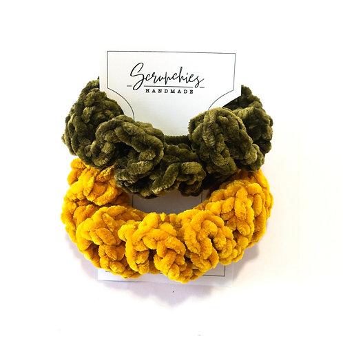 Super Wavy Crochet Velvet Scrunchies - Set of 2