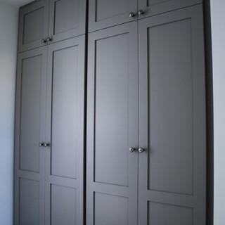 Shaker Wardrobe in Grey