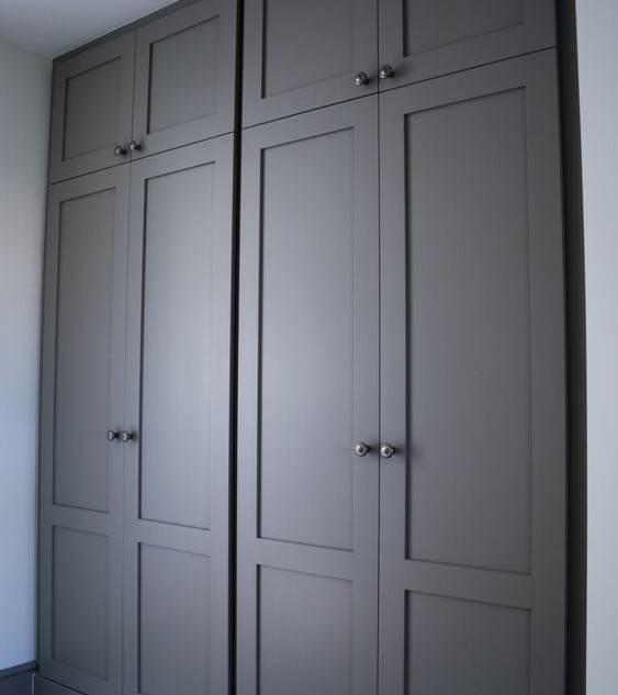 Shaker Wardrobe in Grey