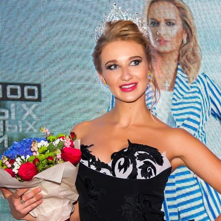 Милена Милославская украсила обложку №8 глянцевого журнала ModelinGG и занята титул #MissModelinGG