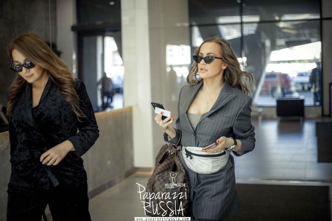 Главный редактор Татьяна Скаковская и визажист Эля Шабалина в объективе #PAPARAZZIRUSSIA | Фотограф