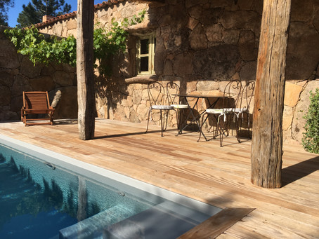 Laissez-nous vous présenter la villa de vos vacances à Porto-Vecchio.