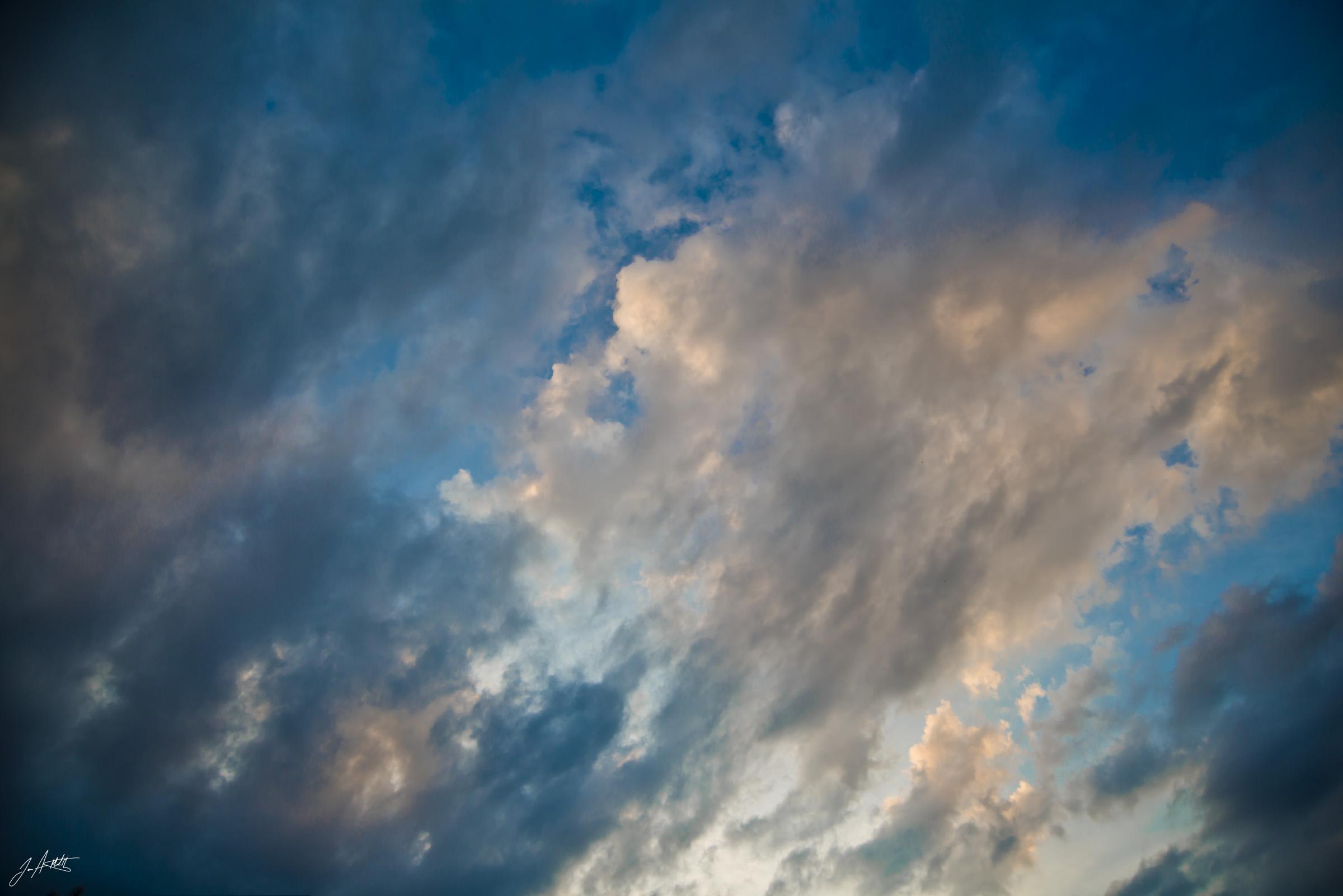 Day276_StormCloudsComing_October3