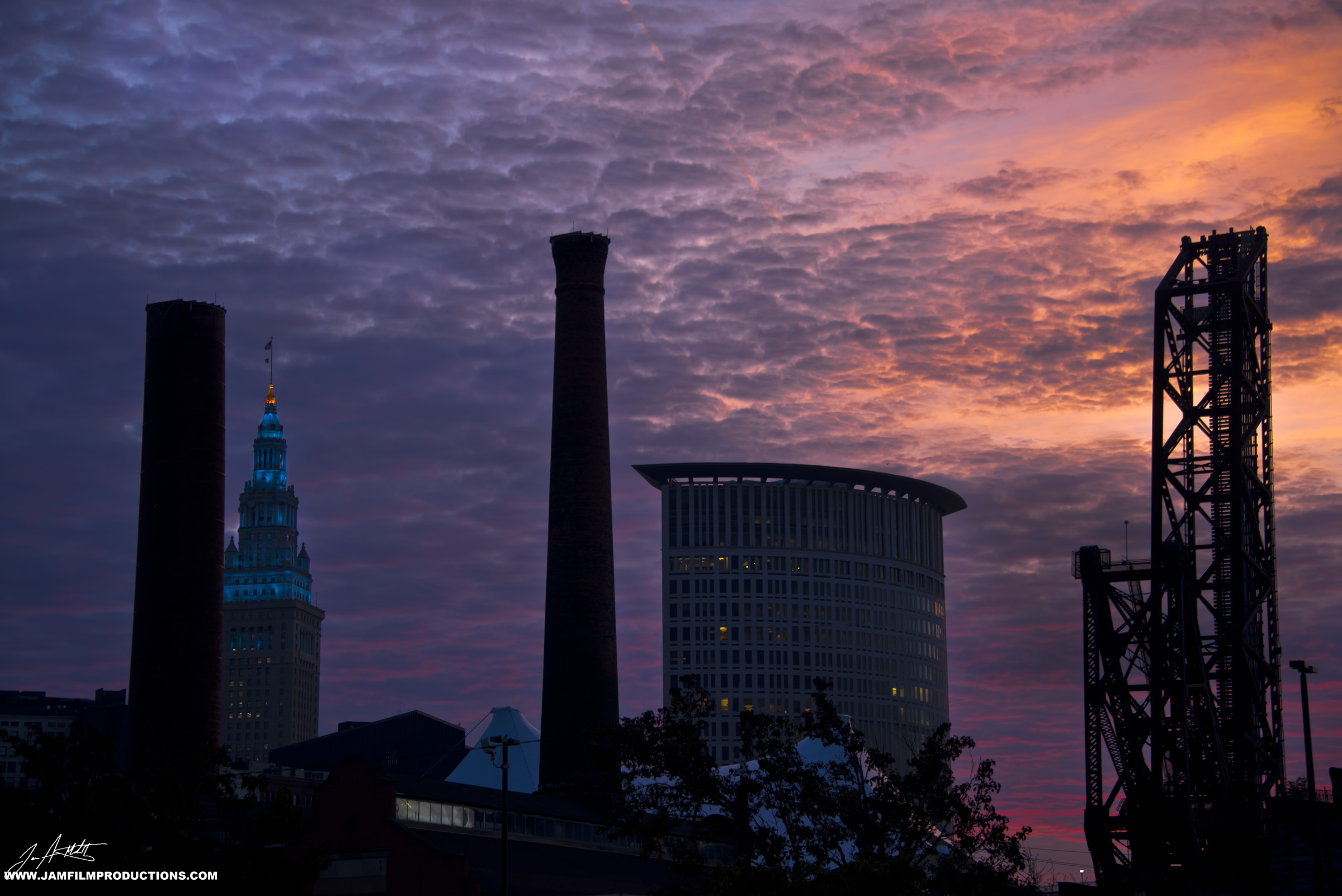 DAY294_SunriseCleveland_October21