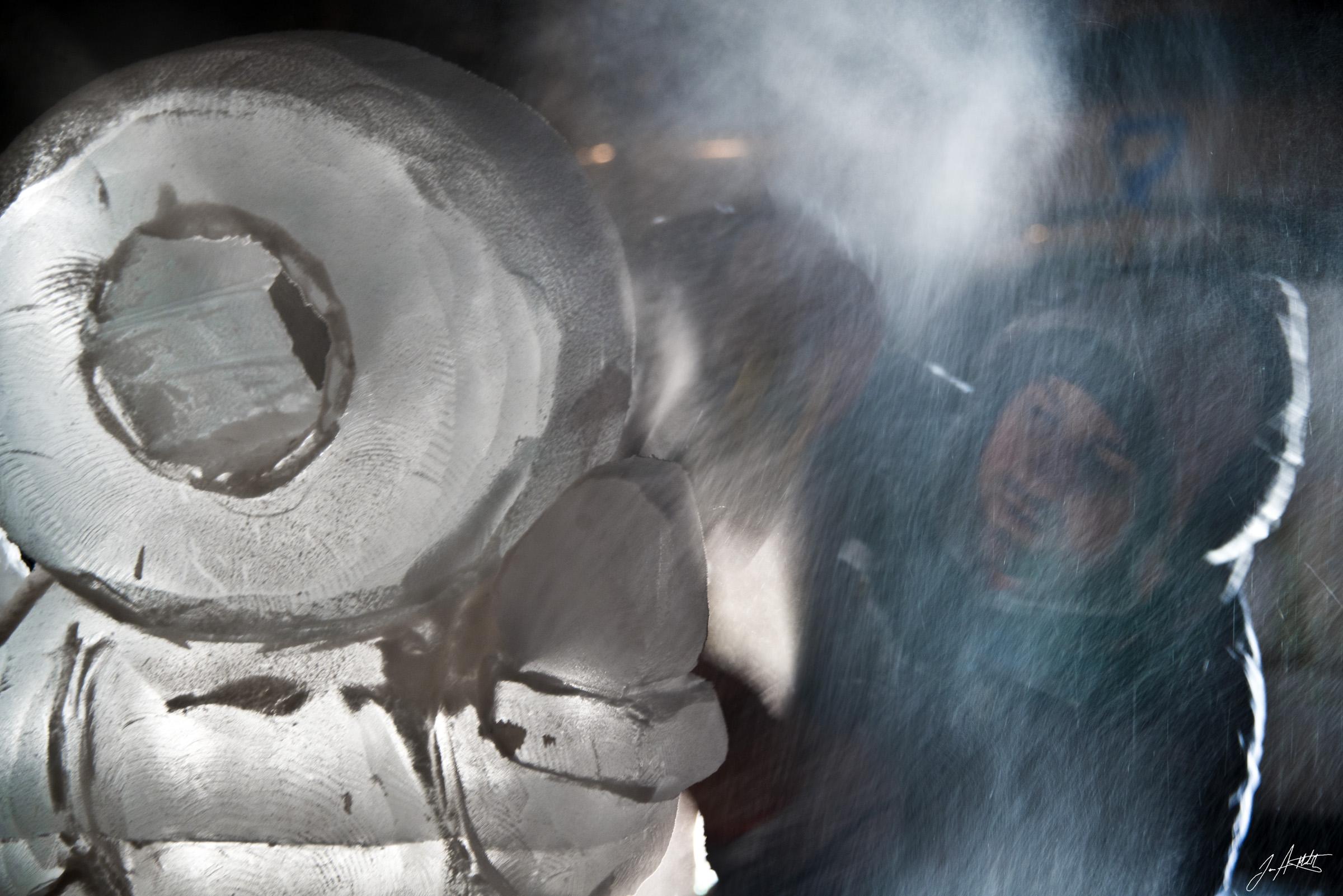 Day338_ICE CARVING-WampumLightUpNight_December4