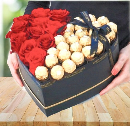 Caixa coração de rosas e Ferrero