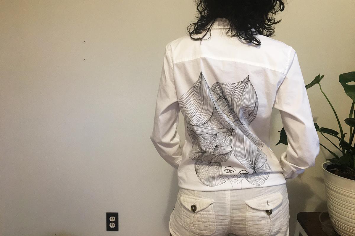 Detail back shirt