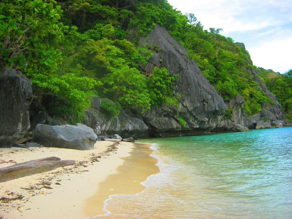 3_Cadlao-Island.jpg