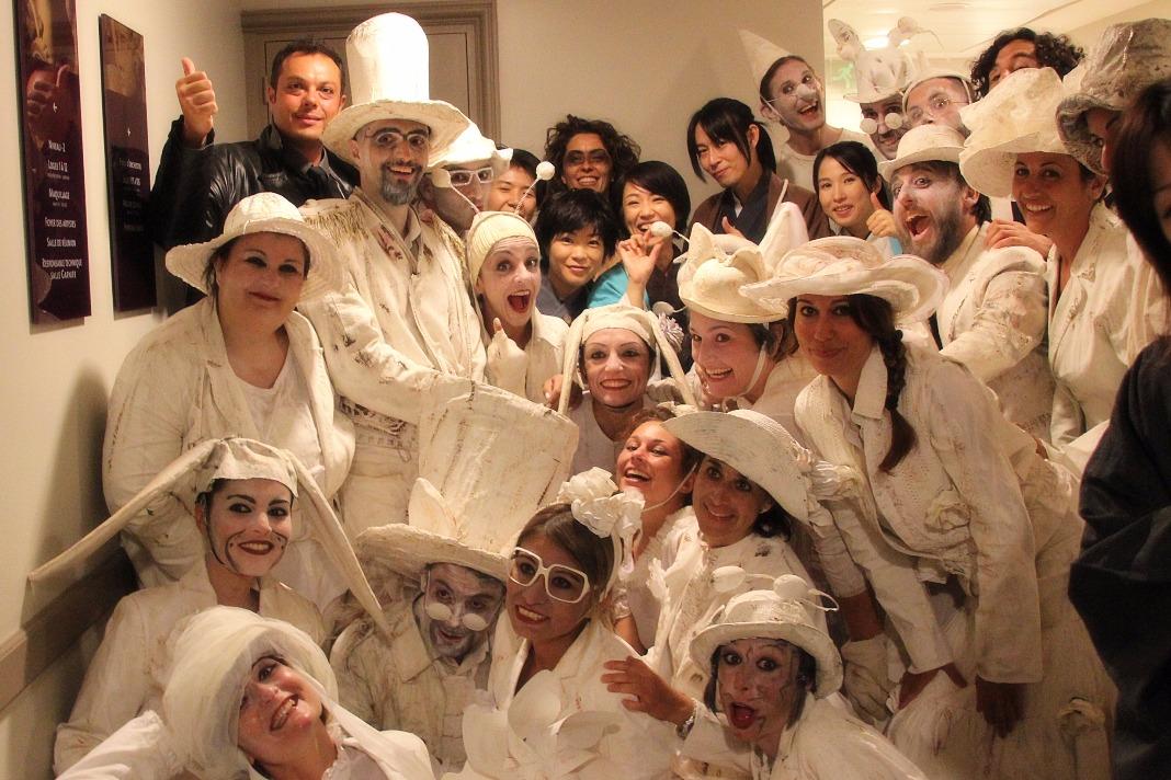 モナコ世界演劇祭でイタリアチームと