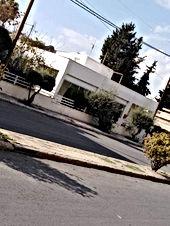 بيت مستقل للبيع بناء قديم سكن(ج) واقعة على أرض مساحتها ٧٤٦ متر مربع