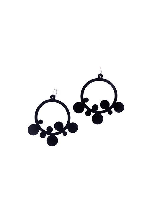 W Flingstone Earring Black