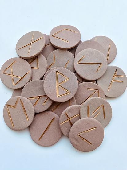Runes Rousses